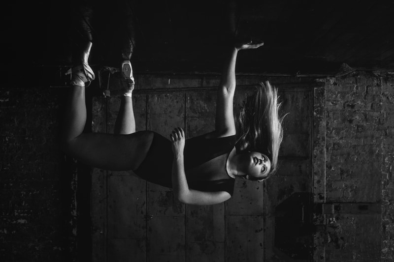 artist photography, artistic shot of dancer falling